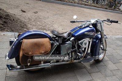 Harley Davidson Softail met motortas, antiek, 2X27L, G5501a