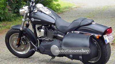 Harley Davidson Dyna met Bigbag, zwart nerfleder, 40L, J5901c