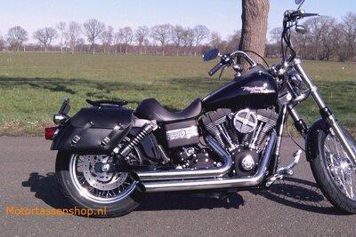 Harley Davidson Dyna motortas, zwart, 2x13,5L, C4080s