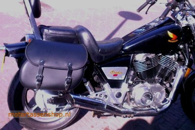 Honda Shadow VT 1100, Classic motortas, zwart, G5501s