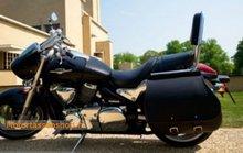 Suzuki Intruder 1500 met motortas, zwart nerfleder, 1x40L, J5901